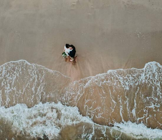Intieme elopement op het strand