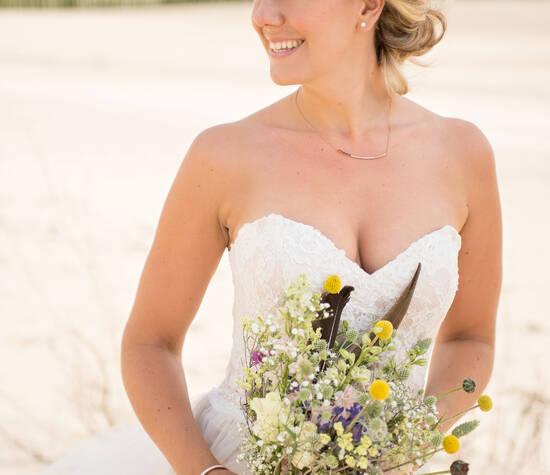 Bruidskapsels & Bruidsmake-up Zeeland