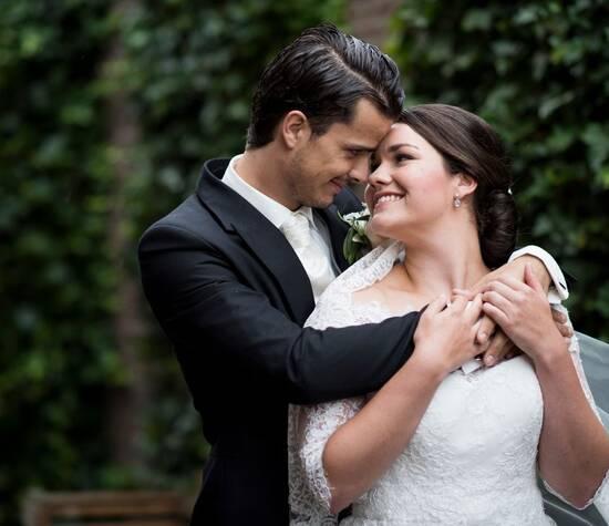 Romantische fotoshoot tijdens de bruiloft