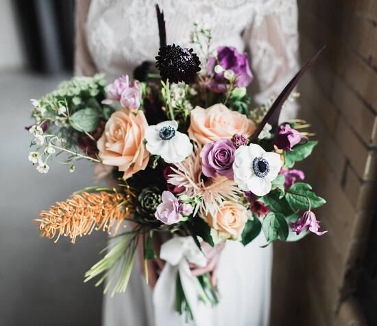 Bruidsboeket Styled Shoot - Iindustriele bruiloft in de RDM Kantine