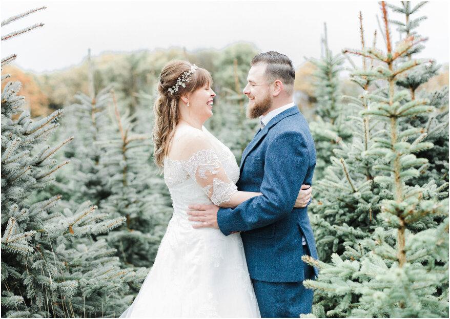 Een wonderlijke winter wedding shoot tussen het dennengroen!